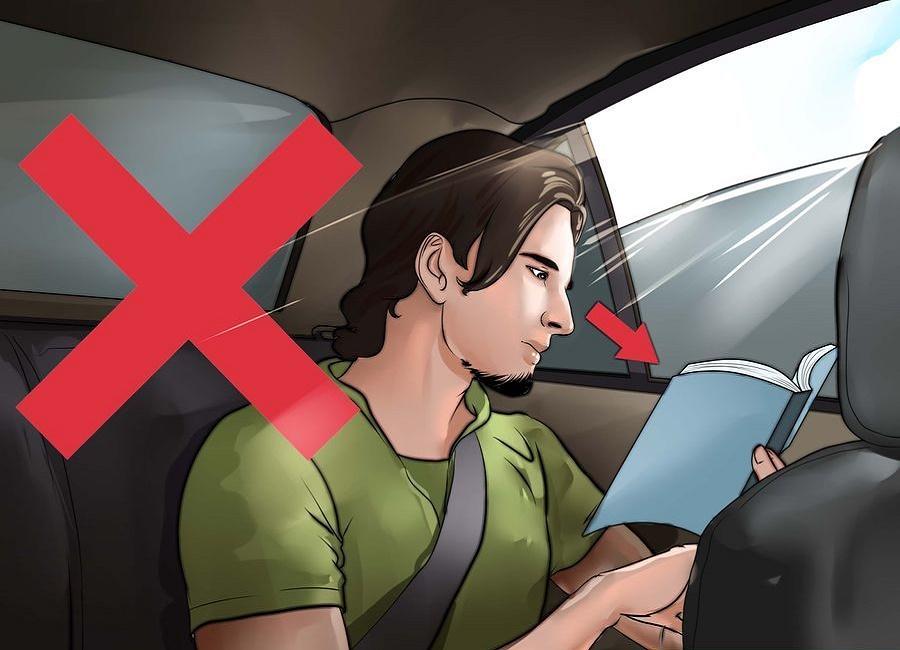 در ماشین مطالعه نکنید