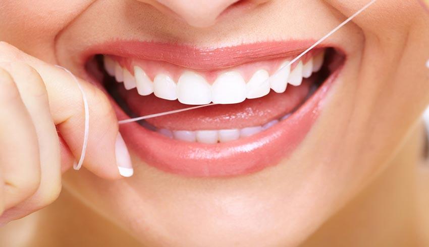 درست نخ دندان کشیدن