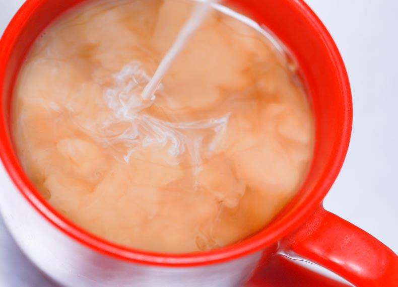 قهوه فوری با شیر