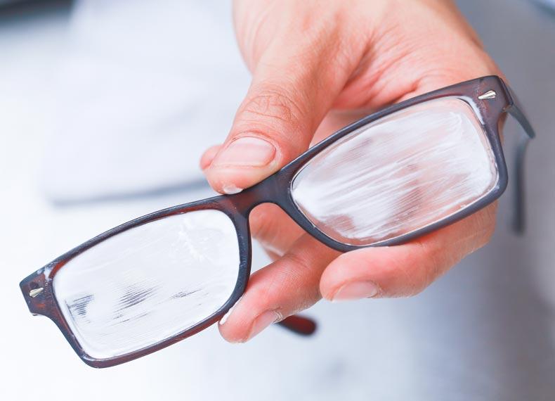 خشگیری عینک
