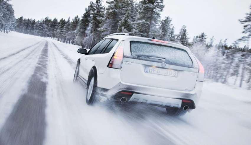 آموزش رانندگی در برف