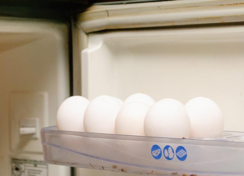 جدا کردن سفیده تخم مرغ