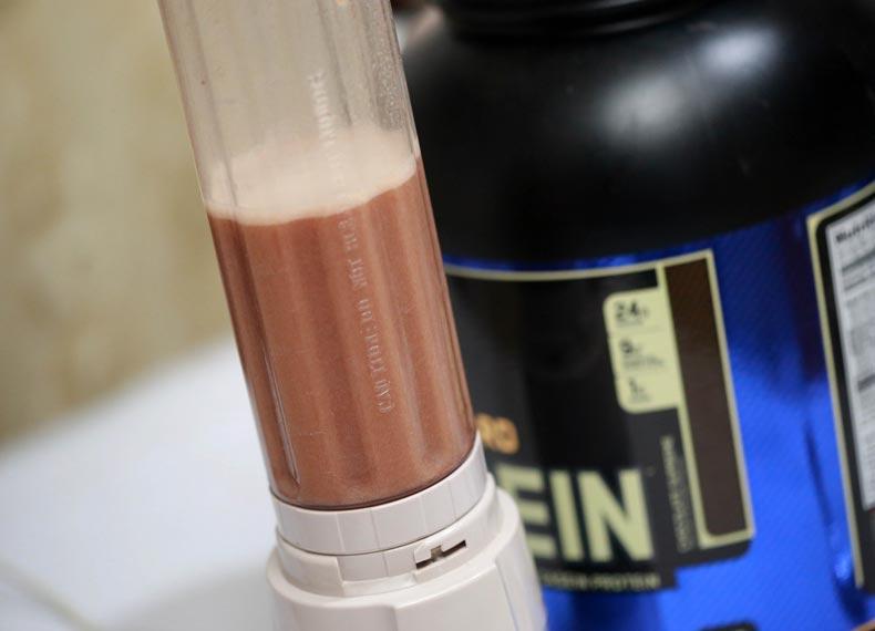 میزان مصرف پروتئین وی