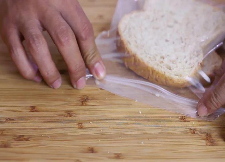 نگهداری نان تست