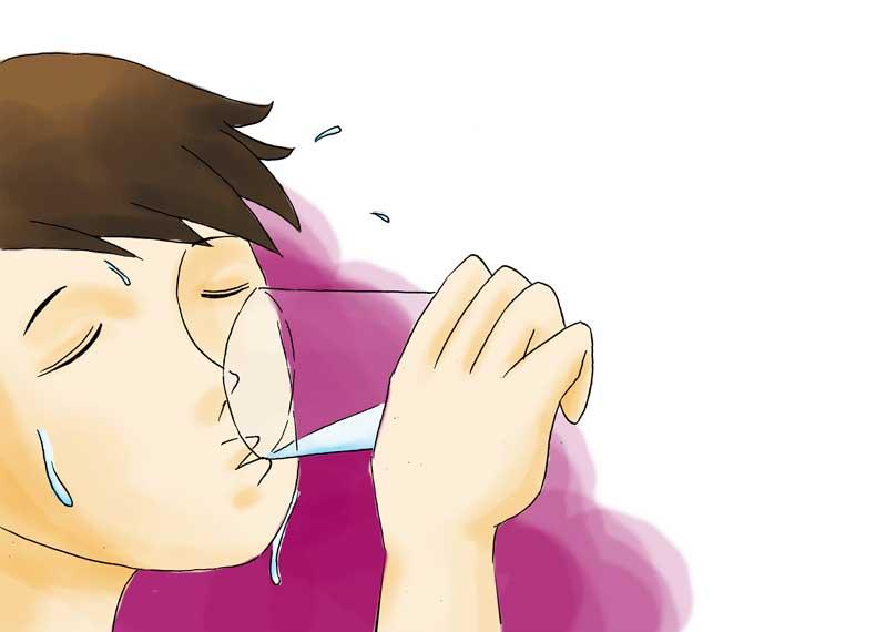 نوشیدن آب و ریش در آوردن
