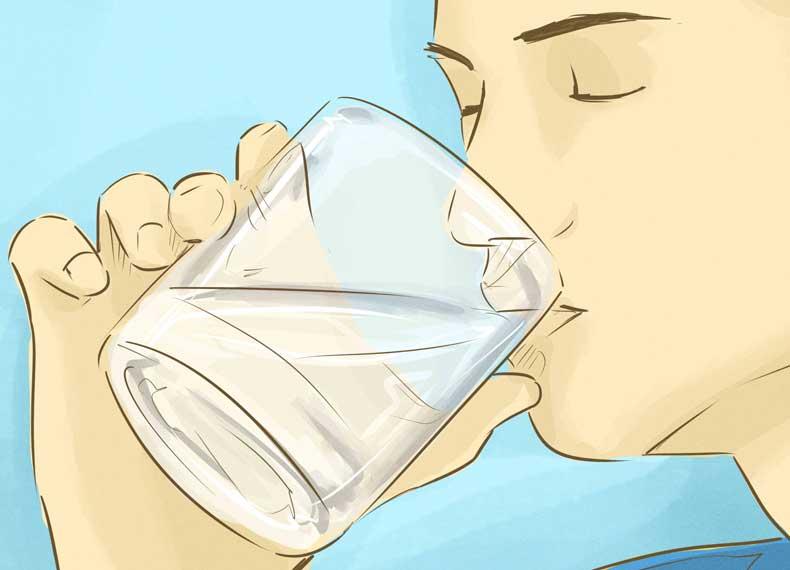 نوشیدن آب و تمیز کردن روده
