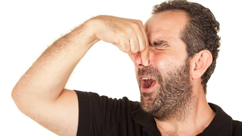 علت بوی بد باد معده