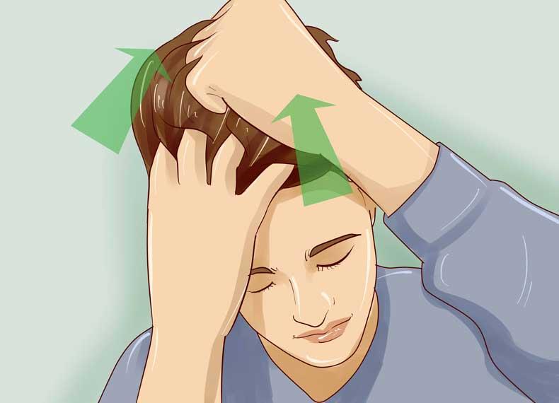 ماساژ دادن پوست سر