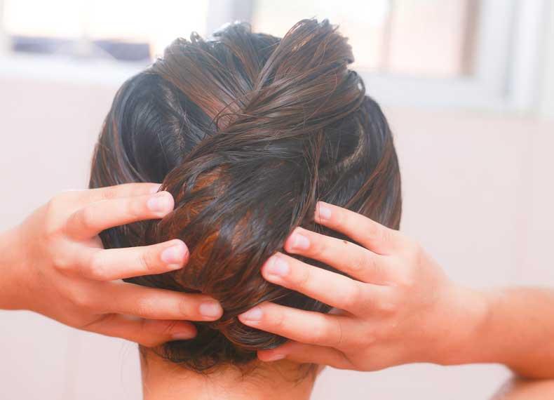 طریقه شستن و نگهداری از موی چرب