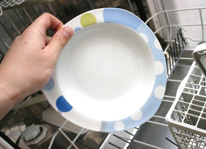 لک شدن ظروف در ماشین ظرفشویی