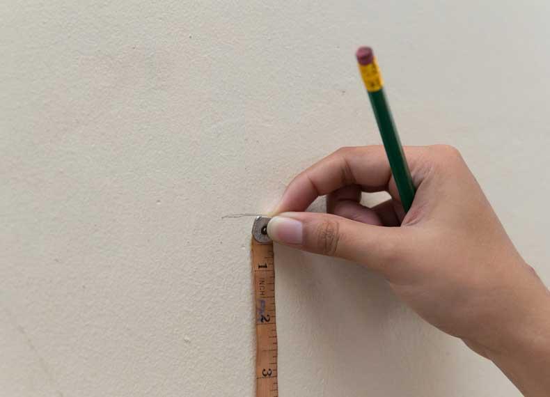 اندازه گیری قد با متر