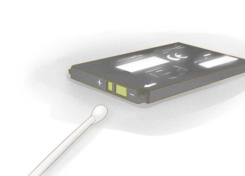 تمیز کردن باتری موبایل