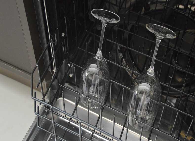 لکه بری کریستال با ماشین ظرفشویی