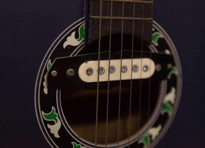 شستشوی گیتار الکترنیک