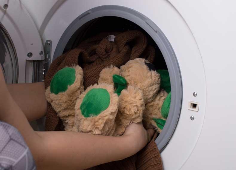 شستن عروسک در ماشین لباسشویی