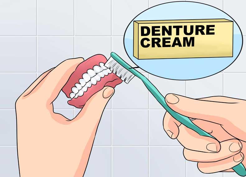 بوی بد دهان و دندان مصنوعی