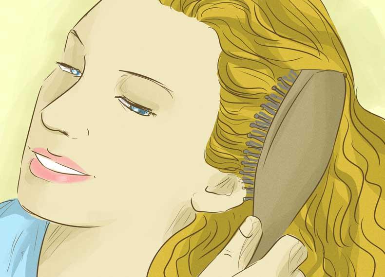 شانه کردن و ریزش مو